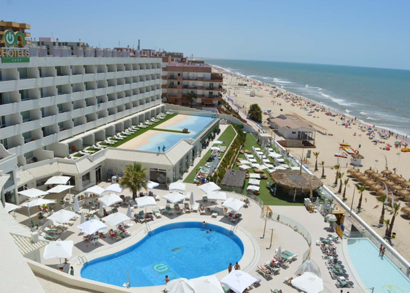 ON Hotels Oceanfront (Solo Adultos)