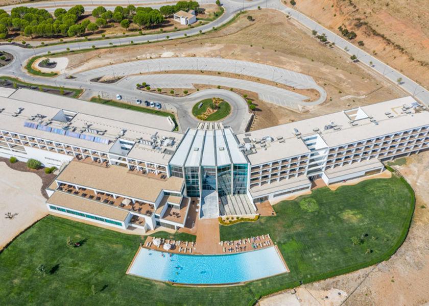 Algarve Race Hotel Resort